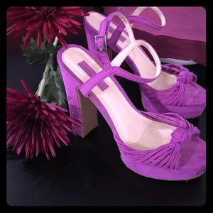 Beautiful Fuchsia/Purple Platforms💜Forever 21